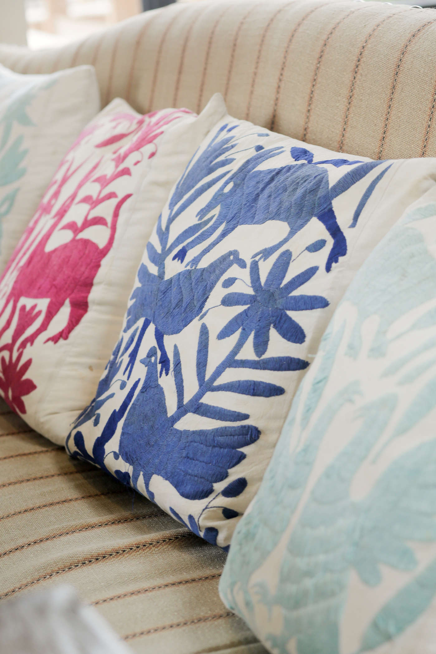 gracias-madre-restaurant-west-hollywood-la-otomi pillows-purple-pink