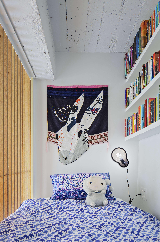 jennifer hanlin cobble hill apartment childs room, photo by eduard hueber 19