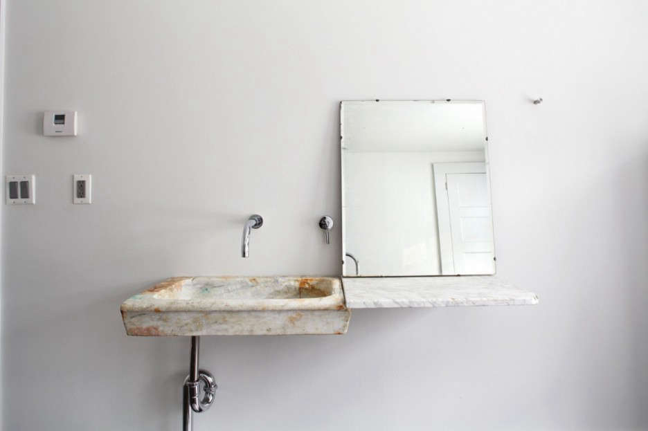 tom-givone-floating-farmhouse-bathroom-sink