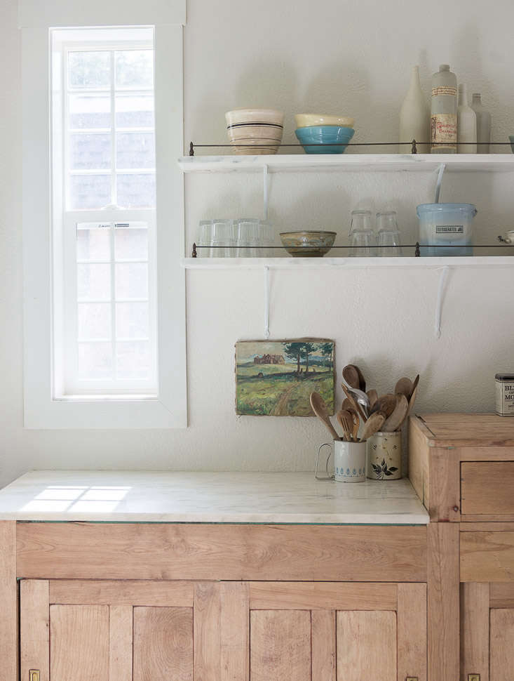 vintage-whites-blog-budget-kitchen-remodel-marble-countertop-open-shelving