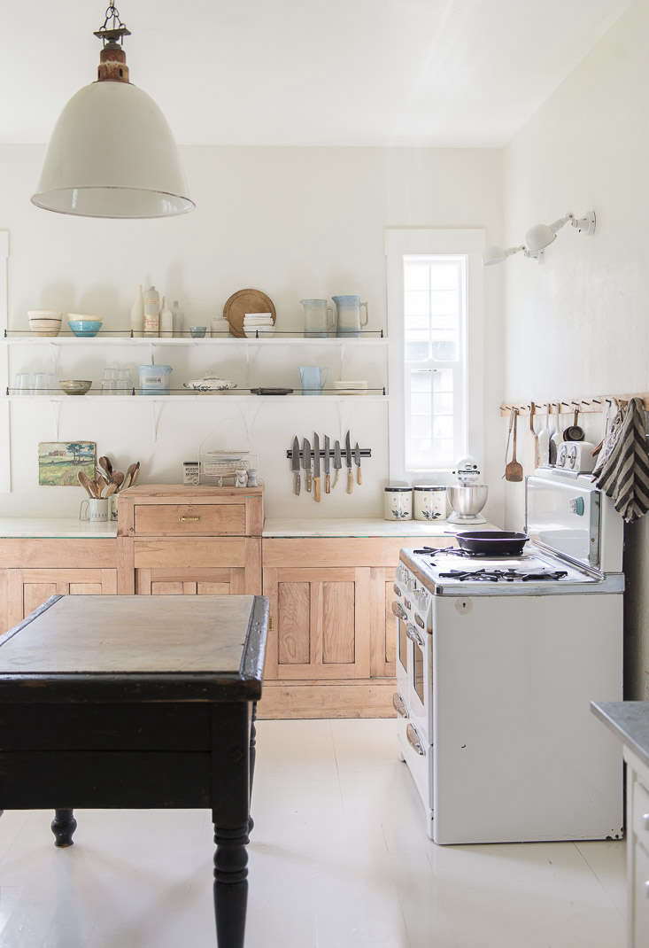 vintage whites blog kitchen remodel old stove pendant light 10