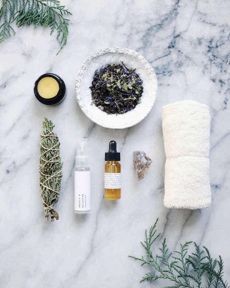 winter beauty products kit marble milkweed 10
