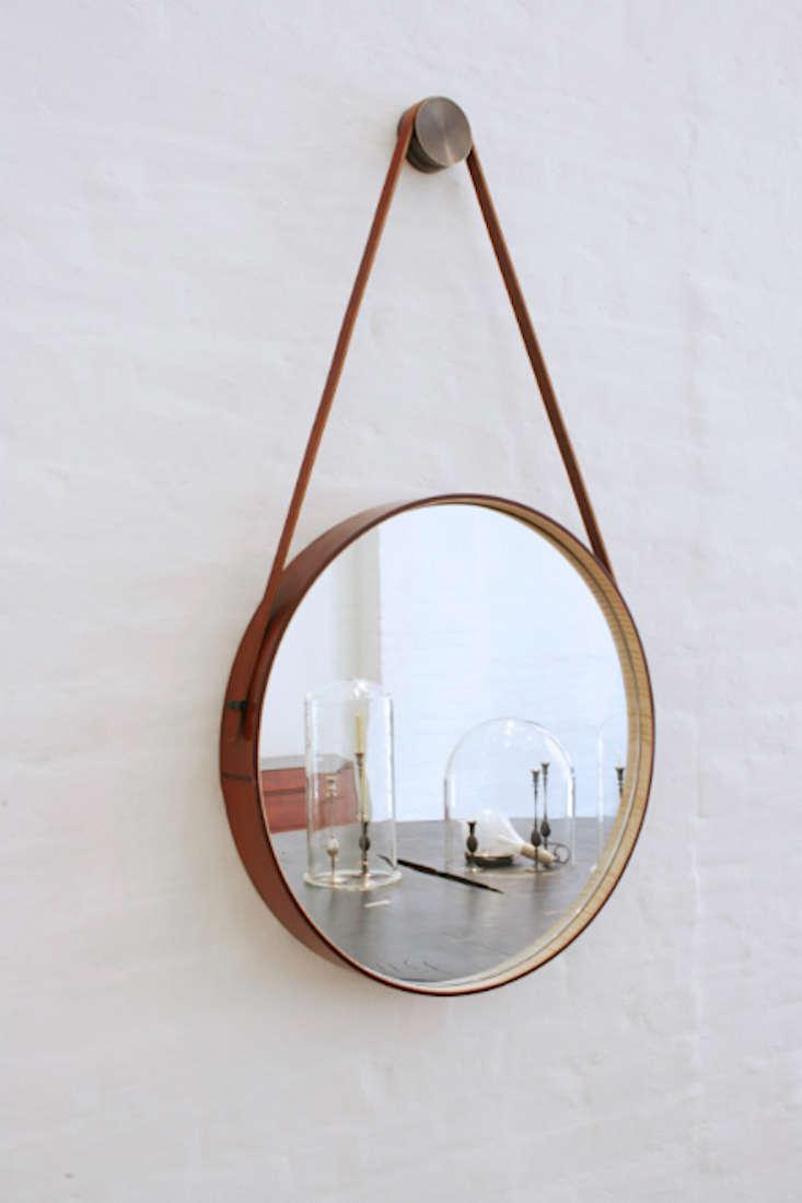 Captain's Mirror by BDDW
