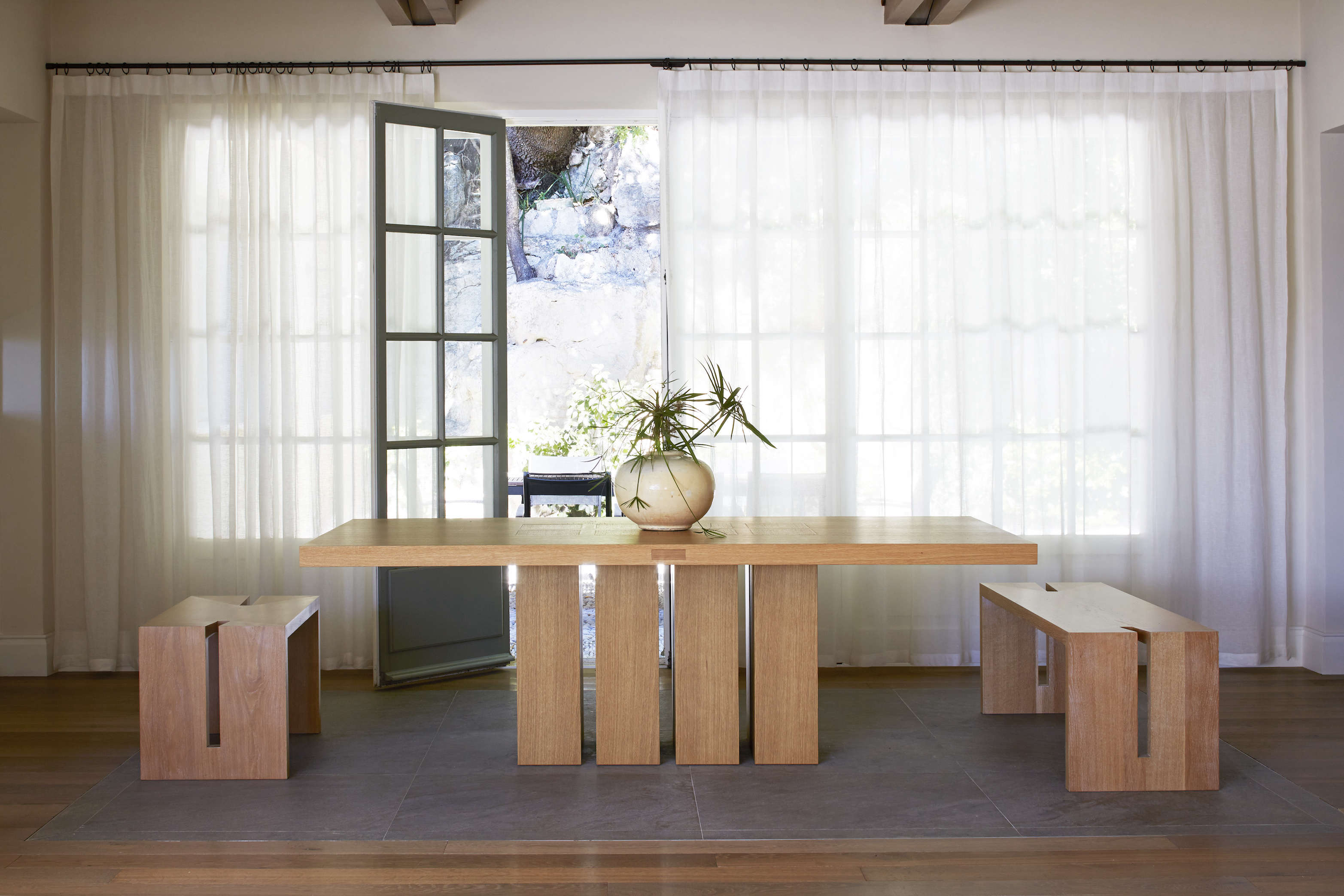 The adjoining dining area features EBI&#8