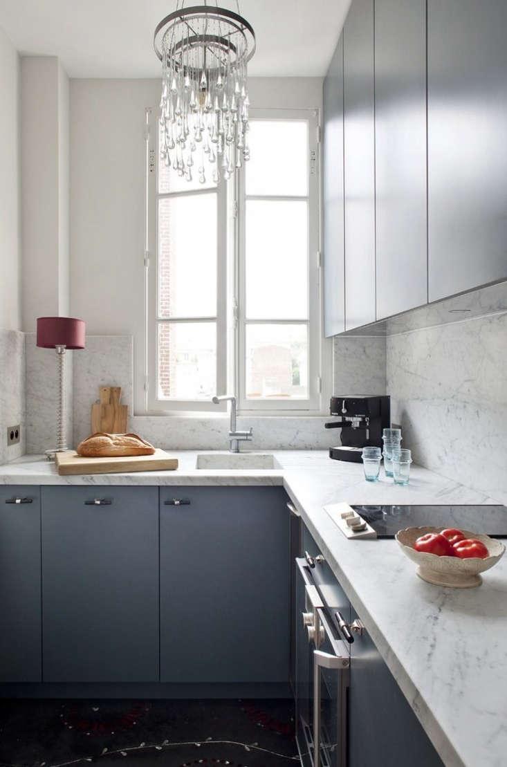 A streamlined cooktop in the Paris kitchen ofOchre designer Solenne de la Fouchardière. See more in A Flat in Montmartre, Echoes of Chanel.