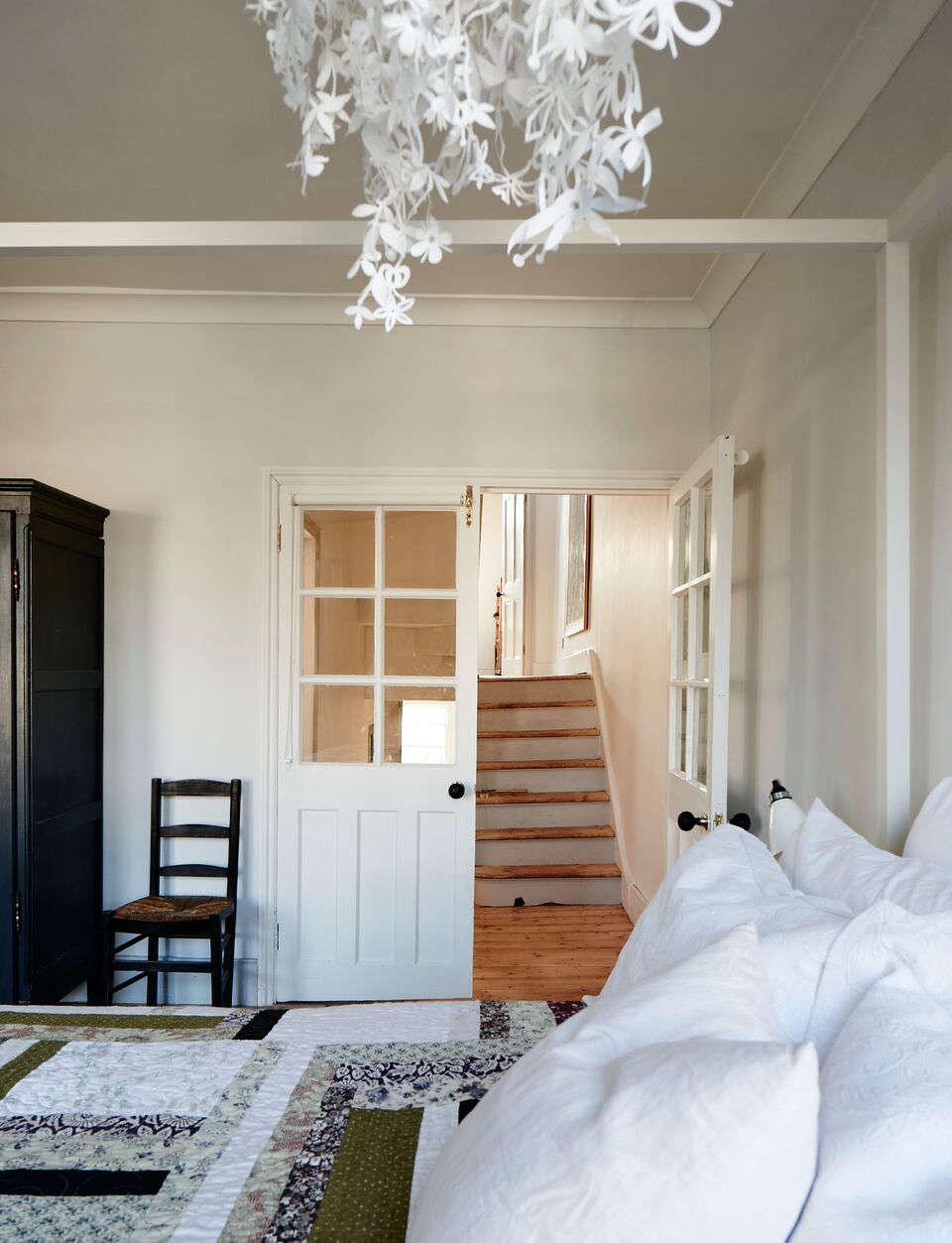 cassandra ellis peckham house hallway 20