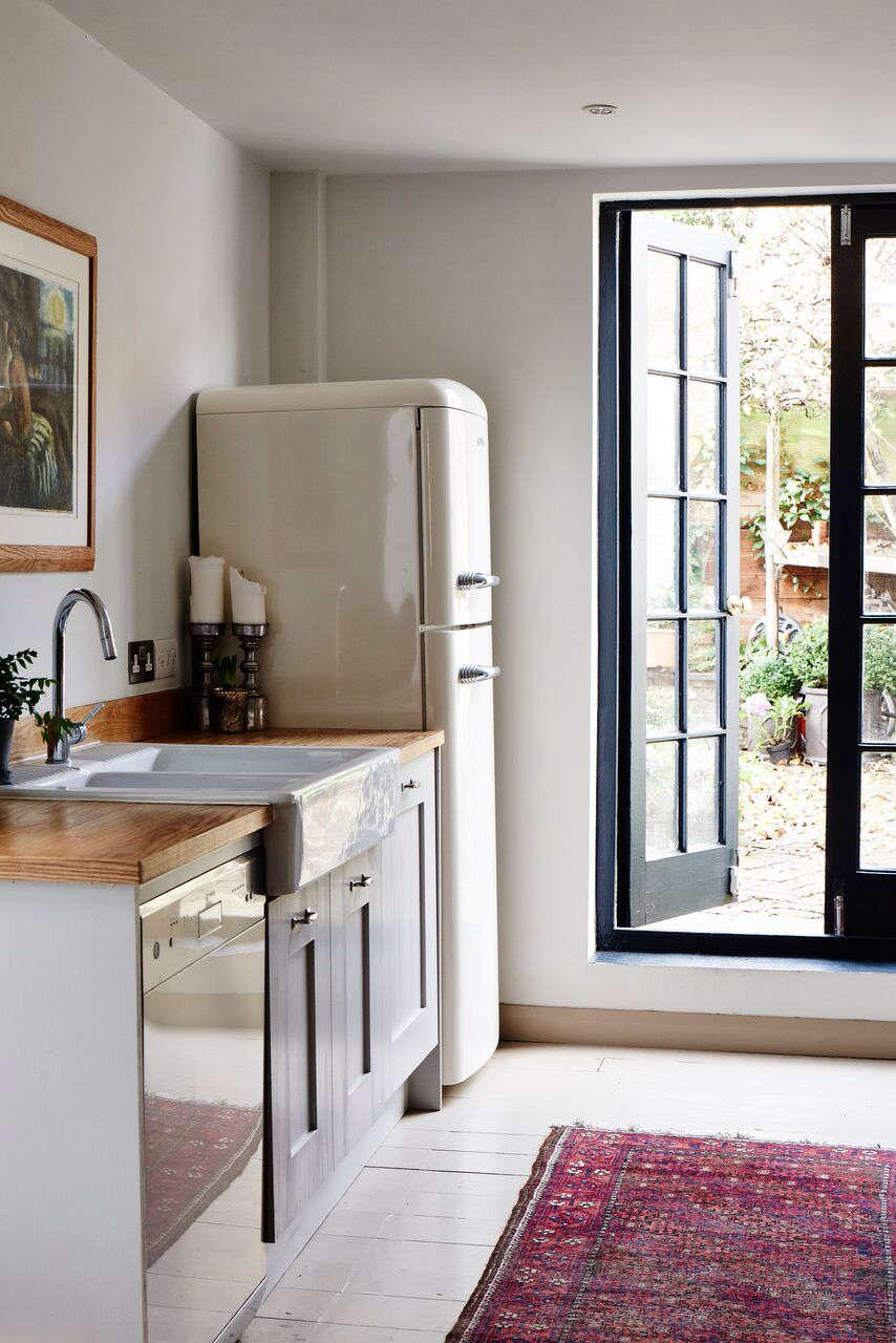 cassandra ellis peckham house kitchen smeg refrigerator 18