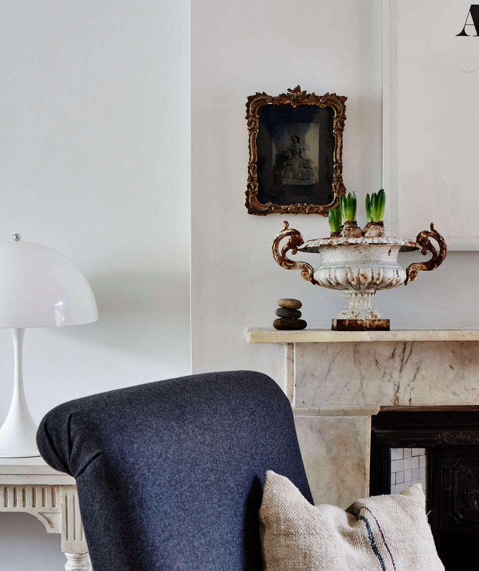 cassandra ellis peckham house mantel 11