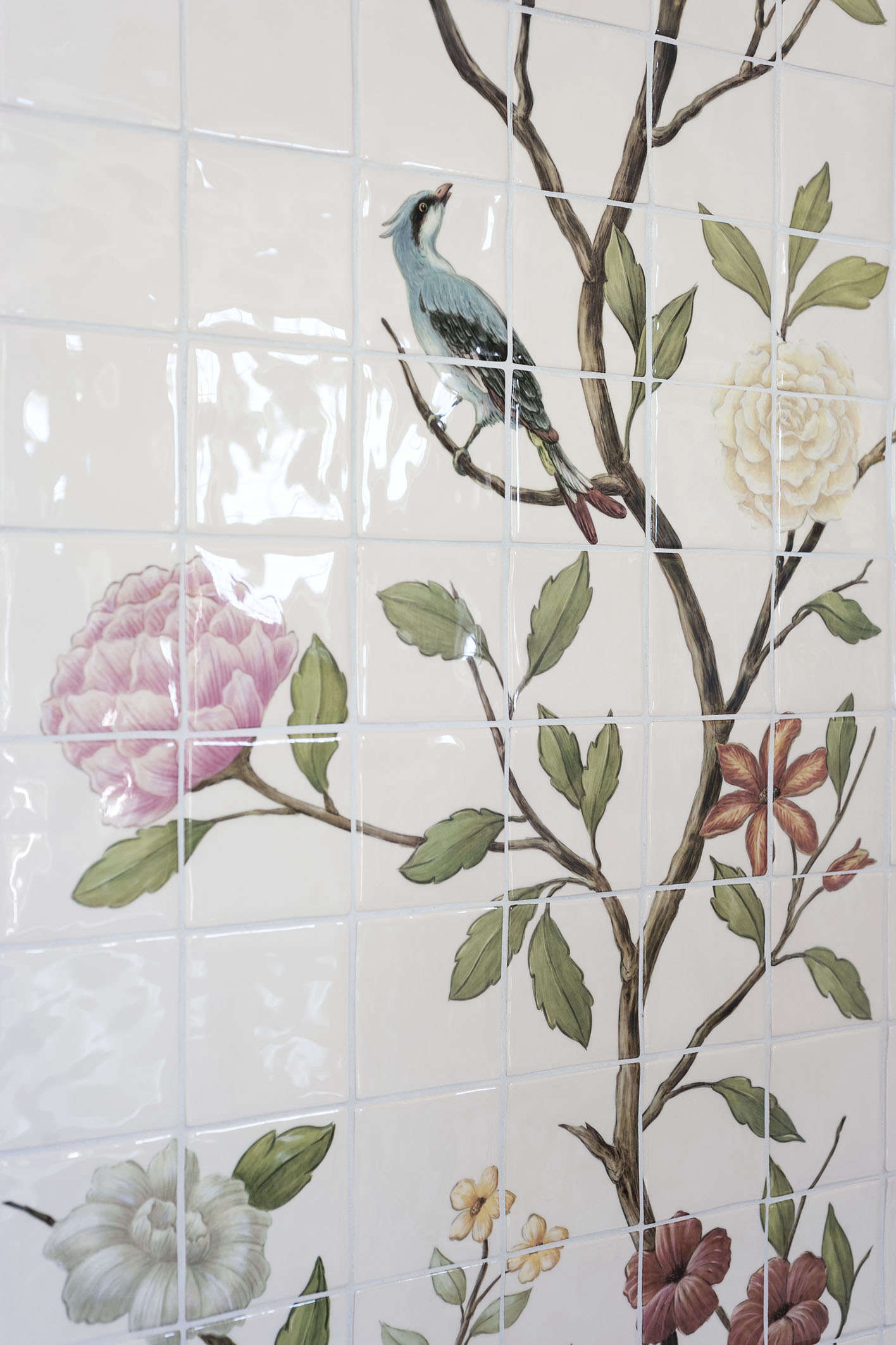 Bathroom of the Week A Romantic London Bath Made from Vintage Parts chinoiserie floral bird tile michelle mckenna shower