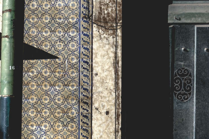 the inspiration: antique tiled walls, like this one, in portuguese cities. & 9