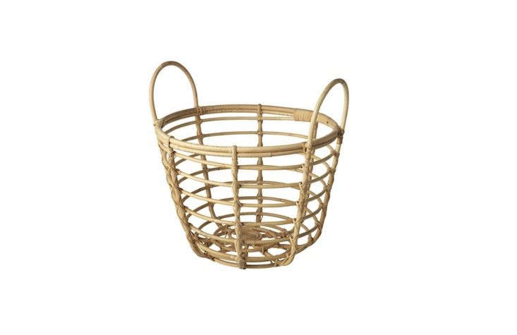 Trending on Gardenista Spring Breaks We&#8\2\17;rerushing to orderIkea&#8\2\17;s limited time collection of indoor/outdoor rattan furniture.Currently coveting: this basket for toting bath and beach towels. See Ikea \20\17: Stylish Rattan by a Superstar Dutch Designer.