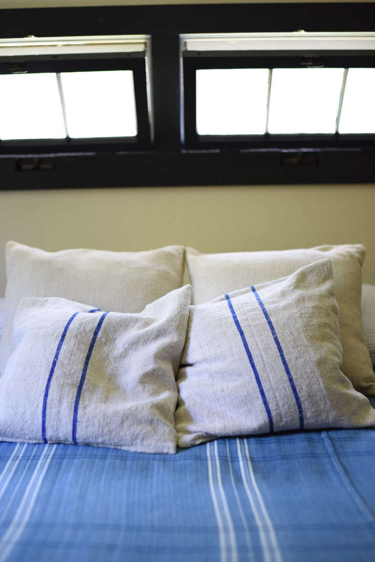 Architect Visit An Antiquarian Farmhouse in Upstate New York Transformed The &#8\2\20;blue bedroom.&#8\2\2\1;
