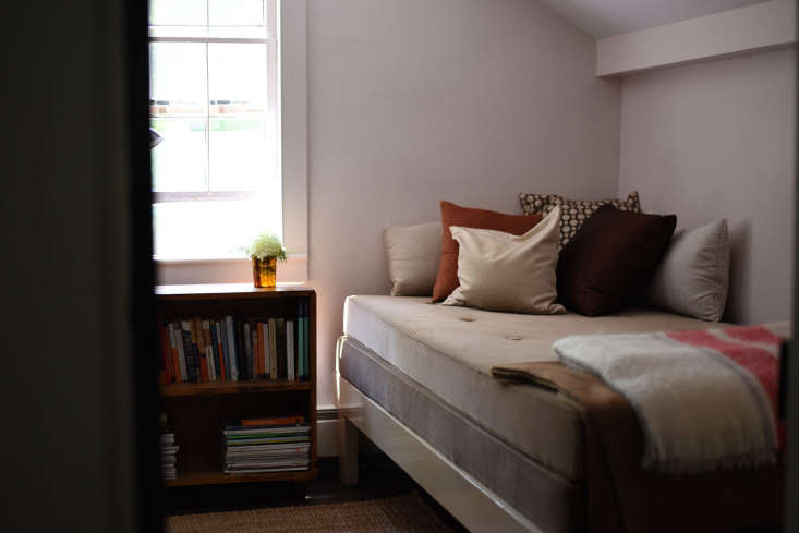 Architect Visit An Antiquarian Farmhouse in Upstate New York Transformed The &#8\2\20;pink bedroom.&#8\2\2\1;