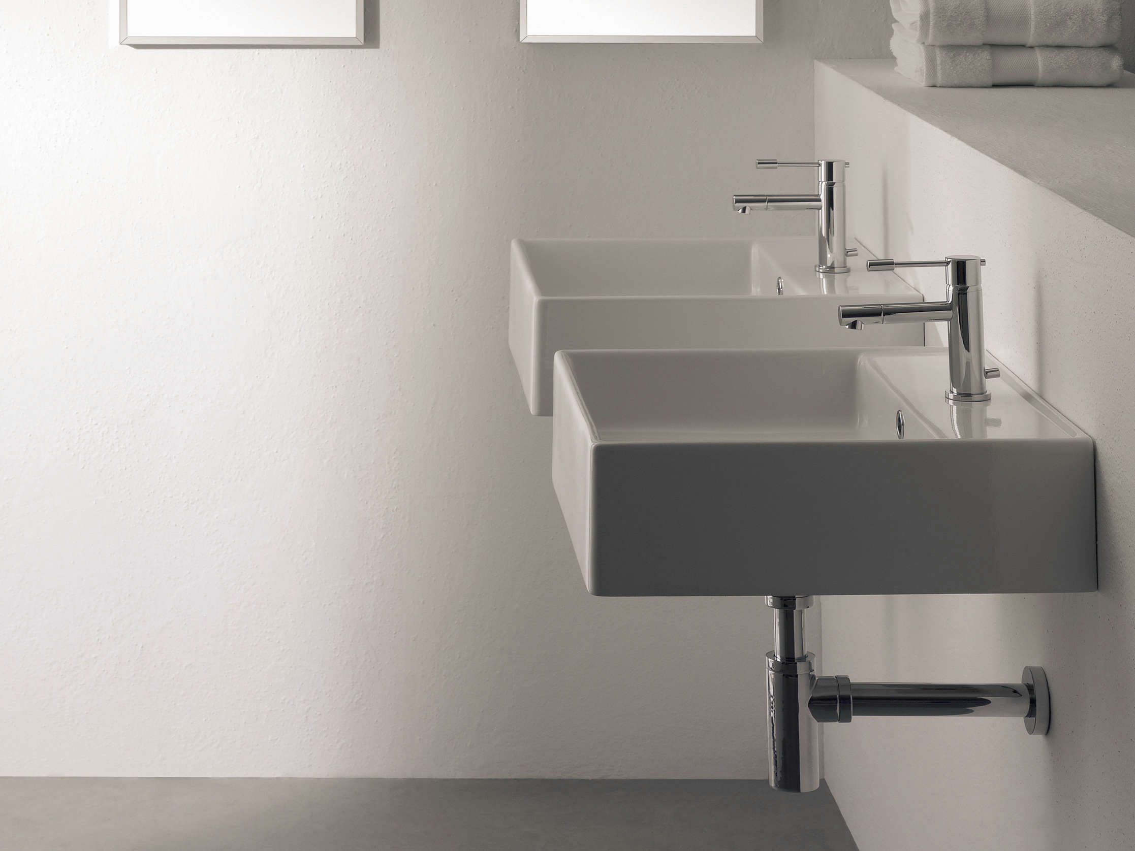 Scarabeo Thin Line Wall-Mounted Ceramic Washbasin