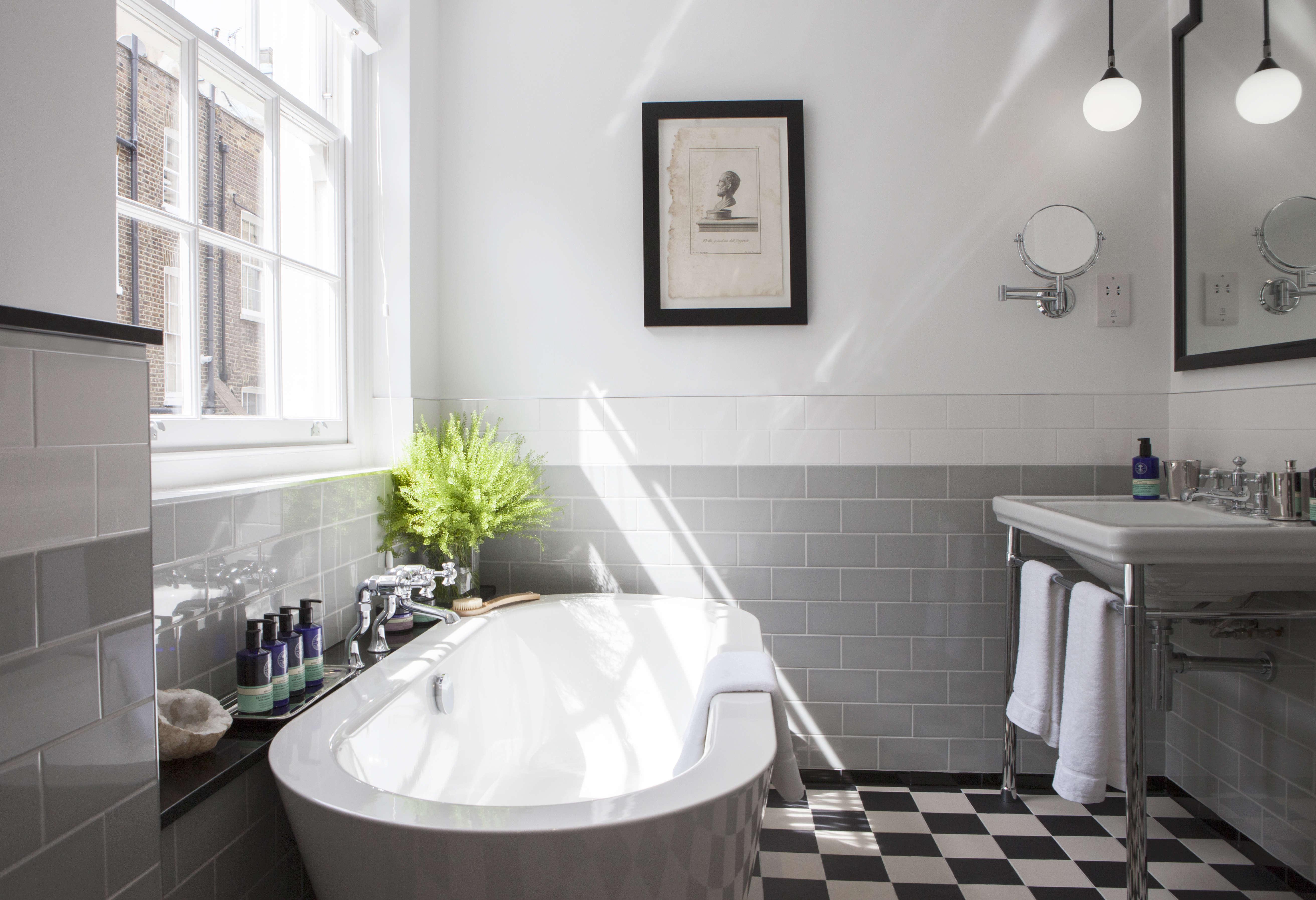 the laslett notting hill master bedroom suite bathroom 13