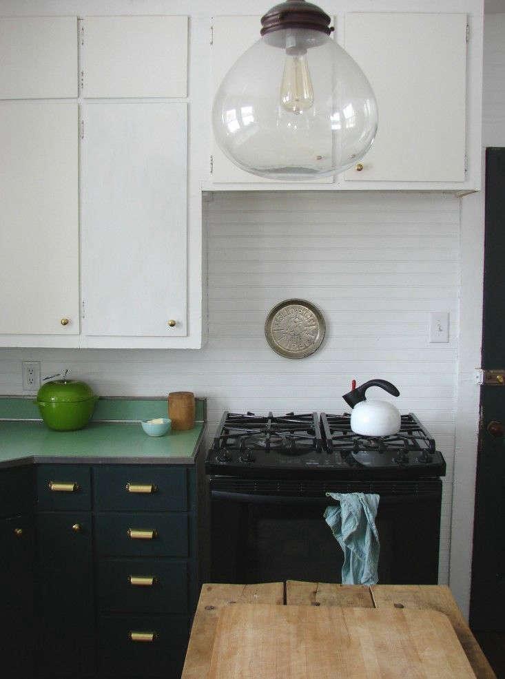 abbey hendrickson updated her kitchen using valspar paint forest canopyas wel 14