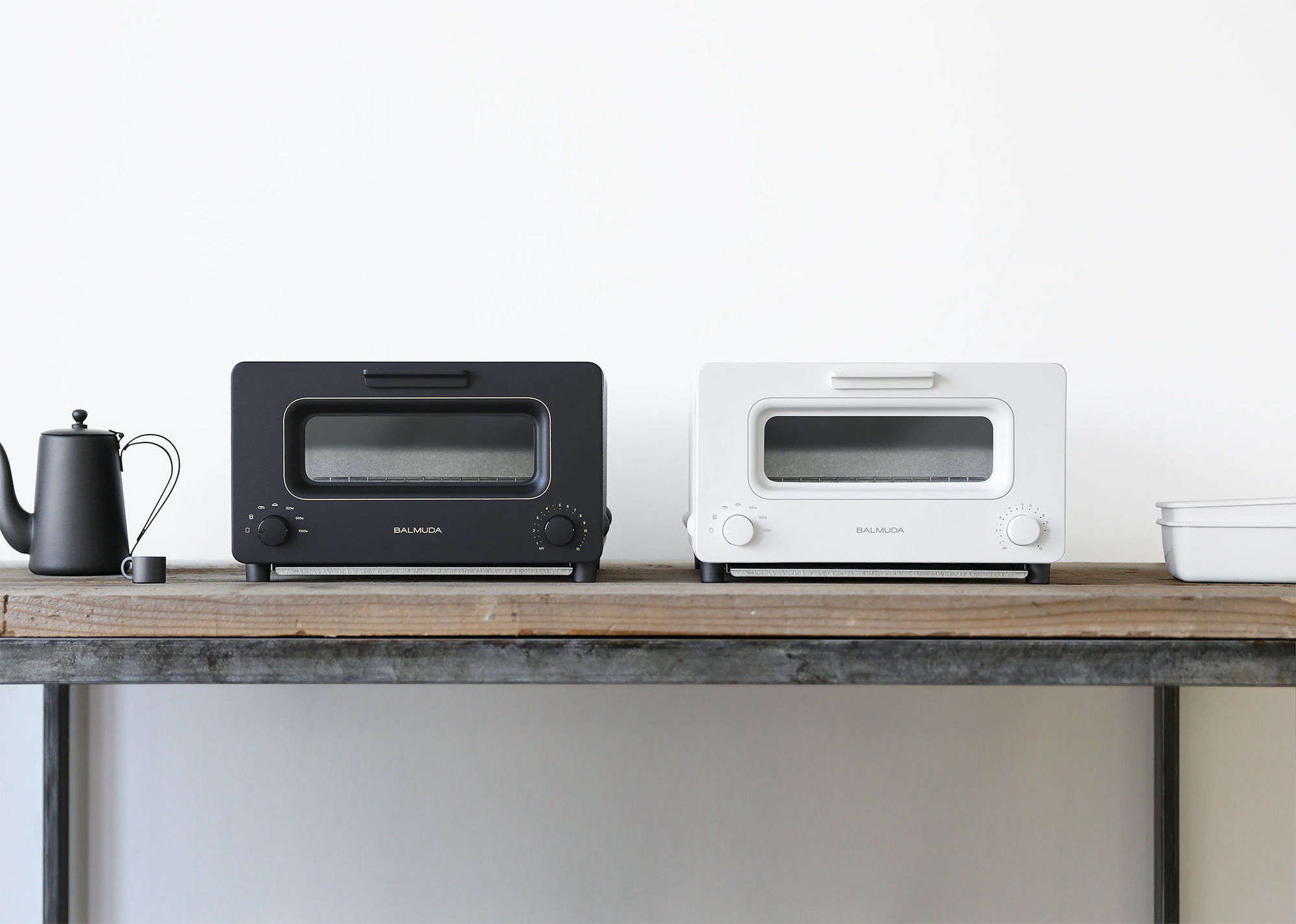 the newbalmuda steam oven toaster from japan uses has a steam feature for toa 12