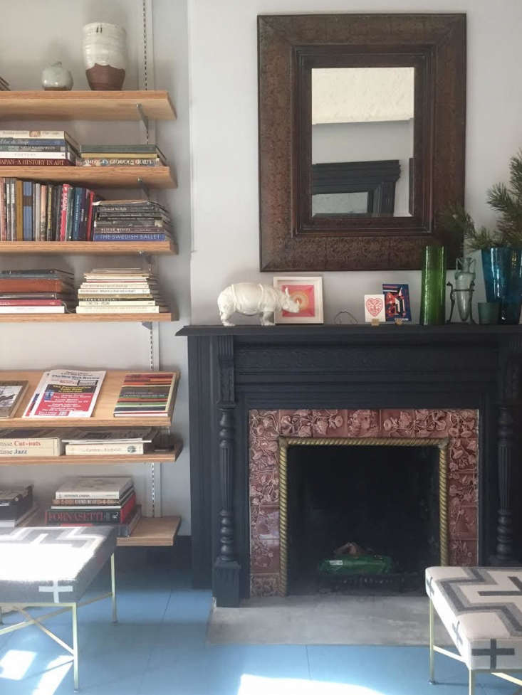 Trend Alert 11 PeriodicalStyle Shelves for Design Book Lovers Designer Franklin Salasky keeps periodicals at the ready on adjustable displayshelves in hiseclectic townhouse in Bedford Stuyvesant, Brooklyn. Photograph by Franklin Salasky, courtesy ofKellie Franklin.