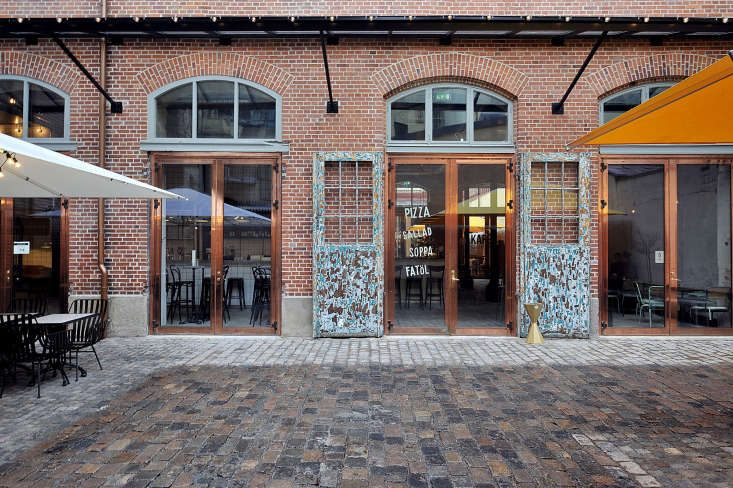 the classicist style brick architecture of the original building can be enjoyed 16
