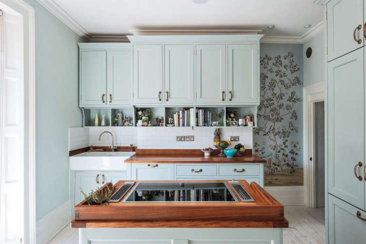 michelle mckenna&#8\2\17;s london kitchen features walls of fromental&# 9