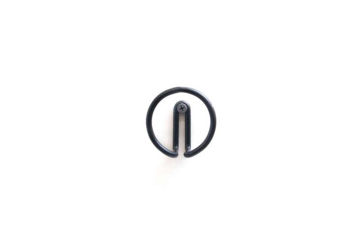New Made LA Wire Hook Black Circle