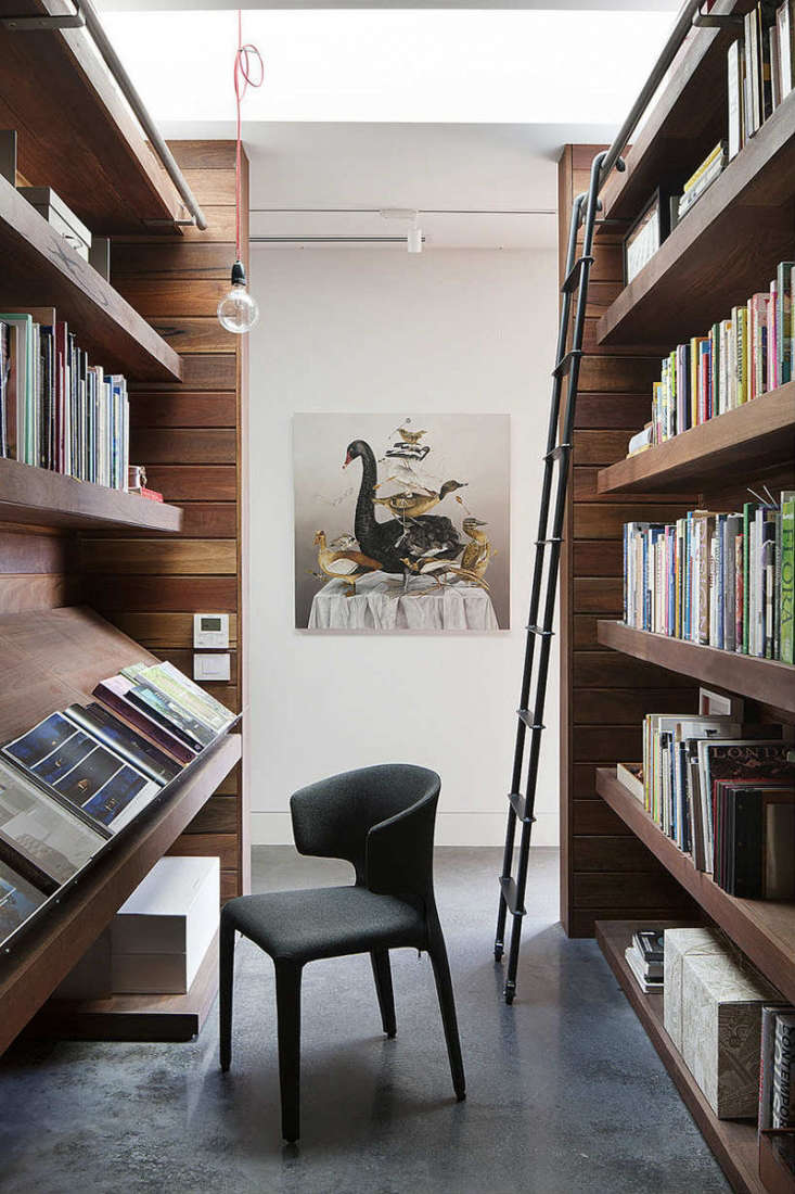 Trend Alert 11 PeriodicalStyle Shelves for Design Book Lovers Extra wide display shelves are built at desk height in an Australia home designed by Rachcoff Vella Architects. Photographby Shannon McGrath.