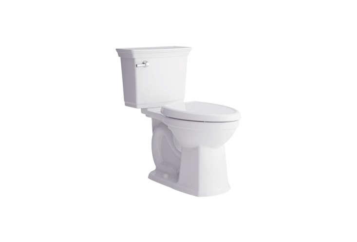 american standard&#8\2\17;soptum vormax complete toilet has a molded lid  20