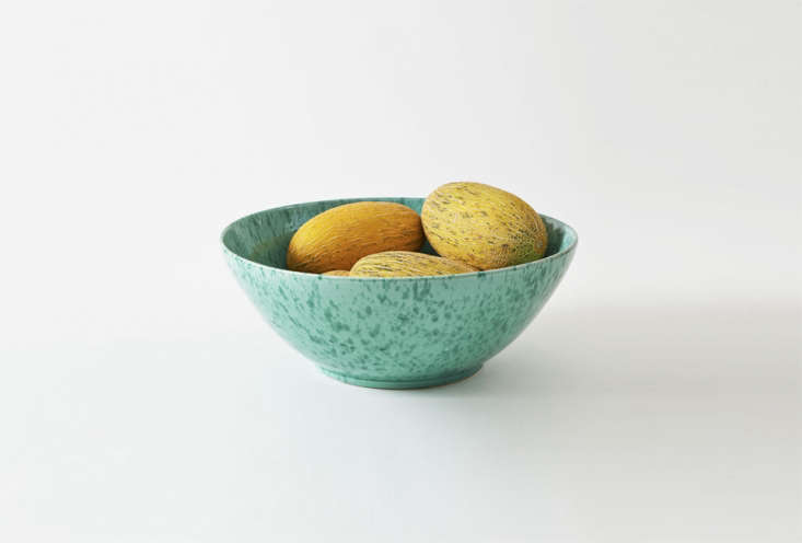 a green on green \18 inch splatterware serving bowl is one of the many splatter 13
