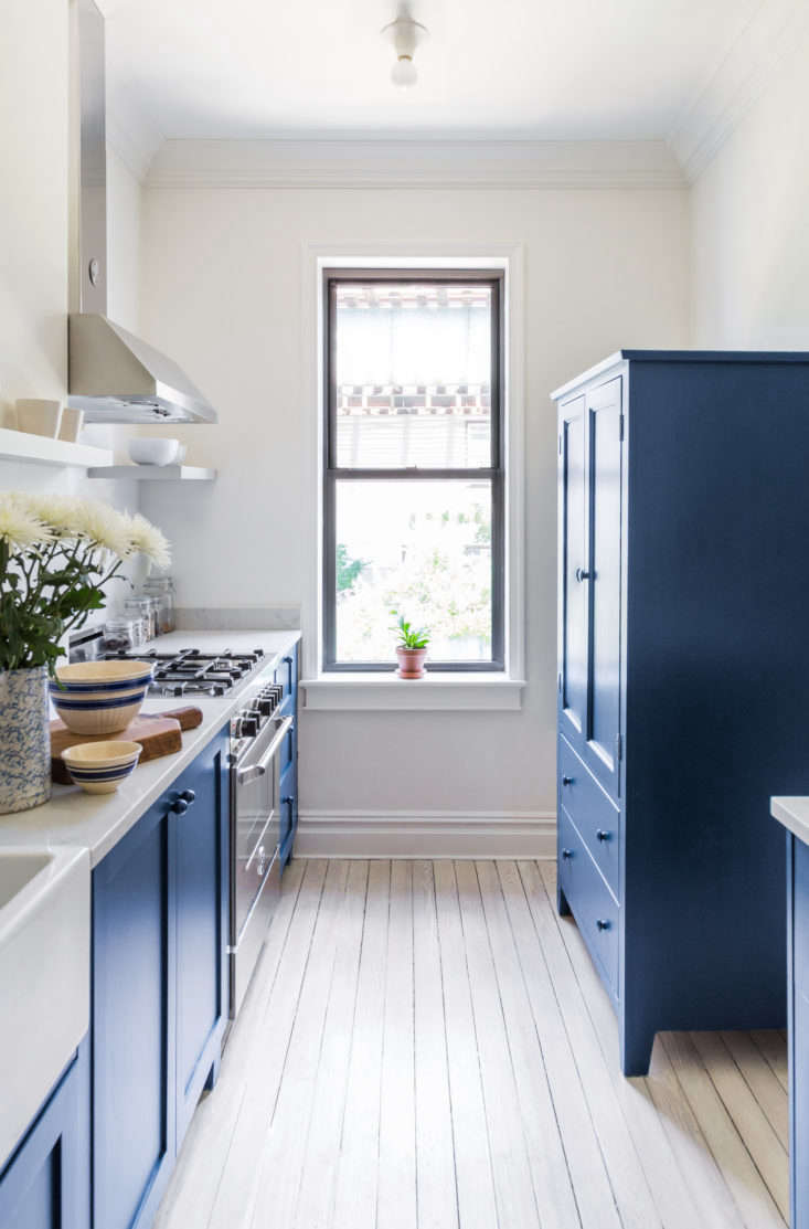 Photograph fromBefore and After: ABuzzfeed Founder's Renovated Rowhouse, Budget Edition.