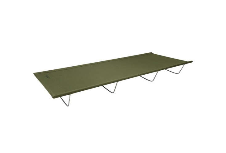 reminiscent of vintage steel framed army beds, the alps lightweight camp cot we 14