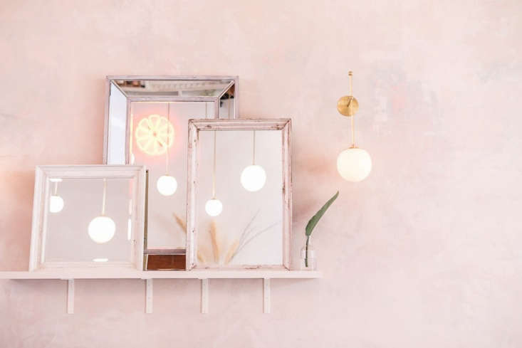 Vintage mirrors, inspired by a design detail in Weekends&#8
