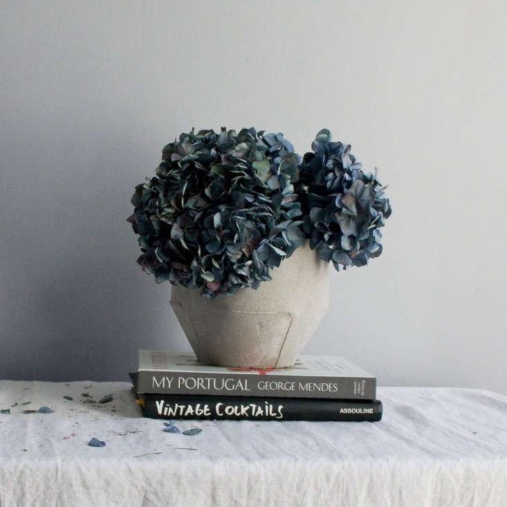 cast planter hydrangea lusitano portugal