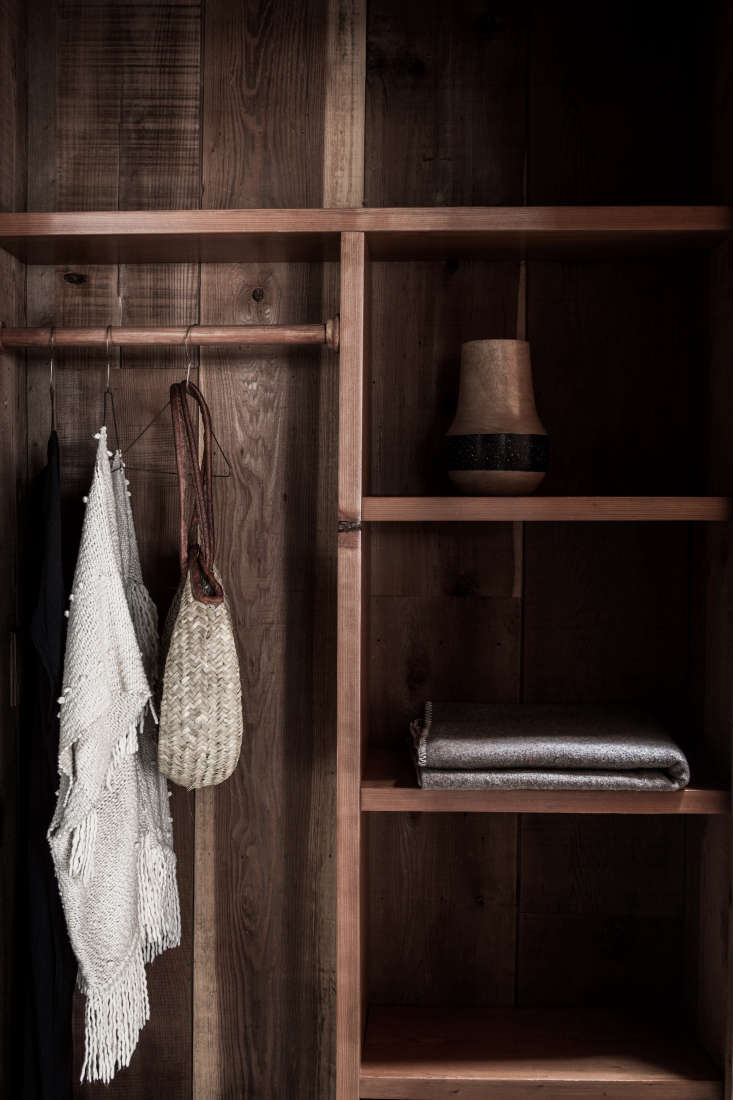duncan hada redwood closet built with locally sourced wood. 15