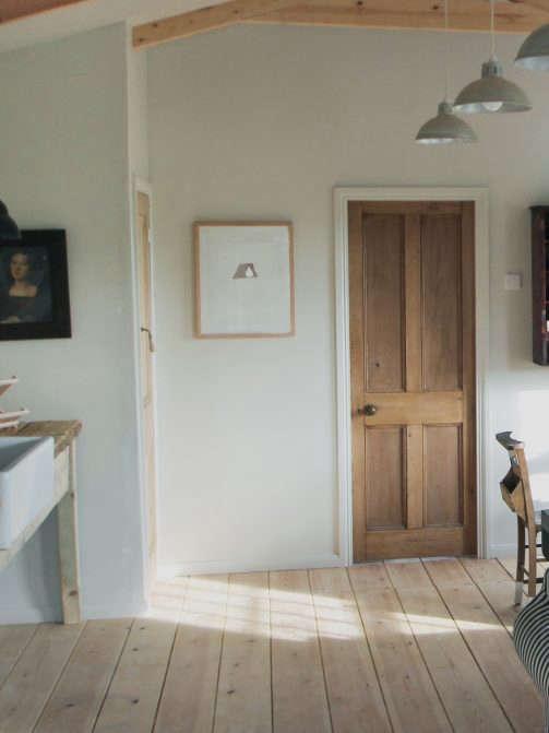 edward collinson cabin kitchen doorway 11