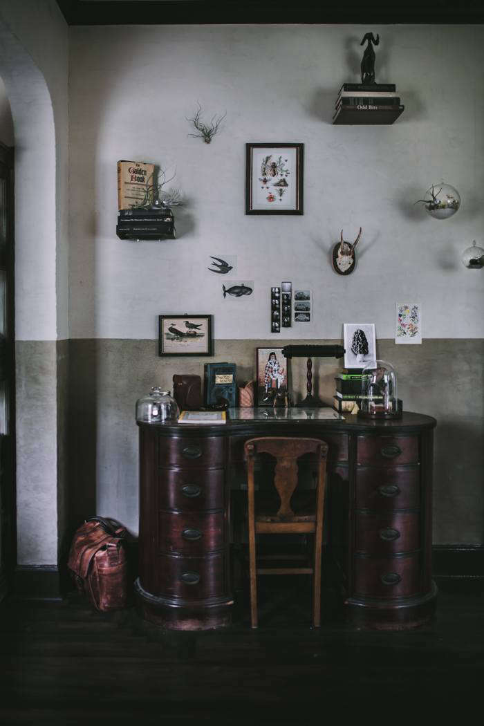 Adventures in Cooking blogger—and first-time plasterer—Eva Kosmas Flores applied Master of Plaster Venetian plaster herself throughout her house. Tour her Portland, Oregon, remodel in A Food Blogger&#8