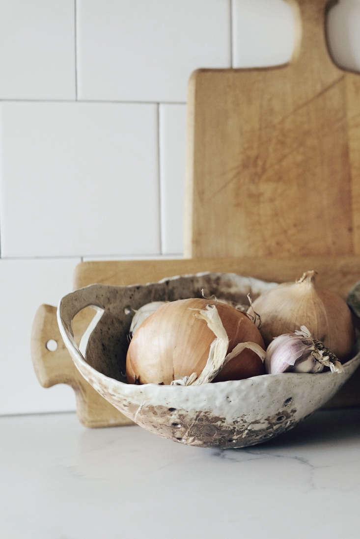 handmade onion bowl speckled seattle kitchen