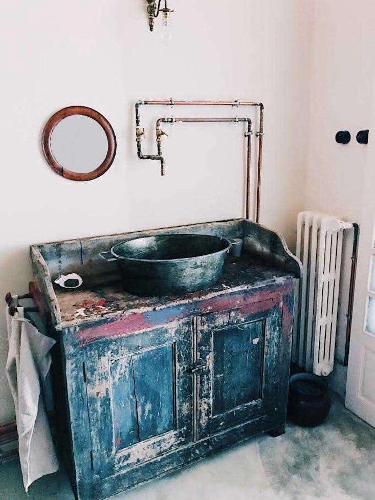 maison empereur bath sink victoria smith 11
