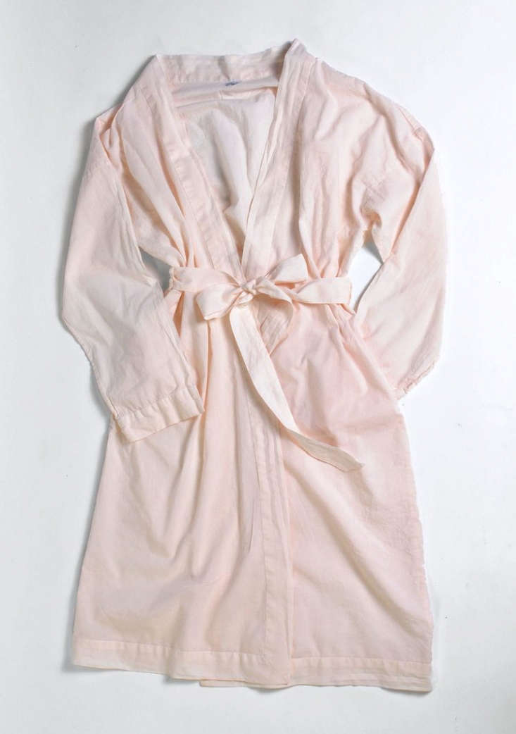 for her own mom, justine&#8\2\17;s thinking of a \100 percent cotton voile  9
