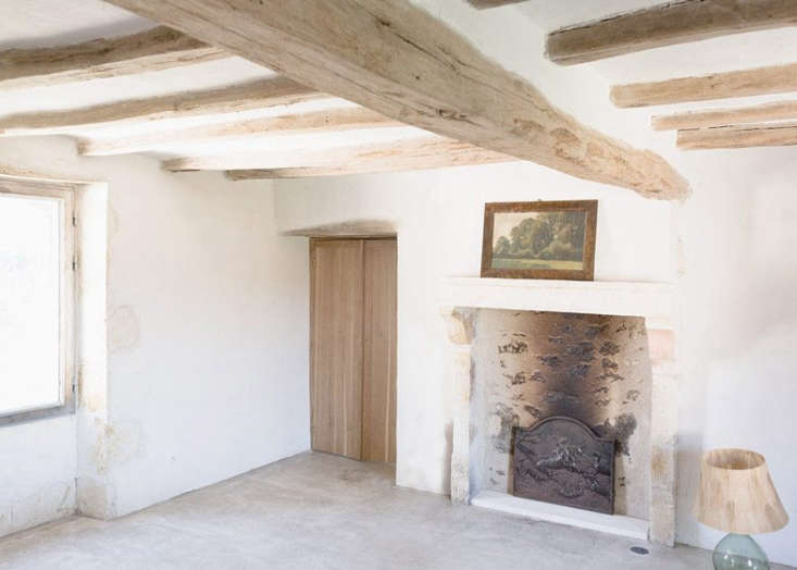 A Stone Farmhouse in France Gets an Artful Update from a Paris Firm portrait 3_32