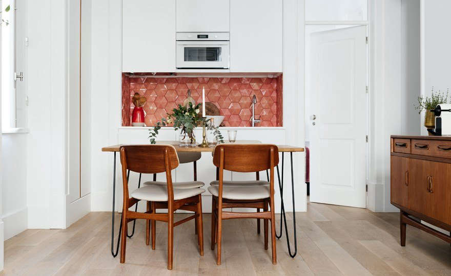 A kitchenette in each suite, with custom-made tile backsplashes by local azulejofactoryNew Terracotta, allows guests to prepare simple meals fresh from nearby markets and shops. (See also:Object Lessons: Portuguese Azulejo Tiles Made Modern.)