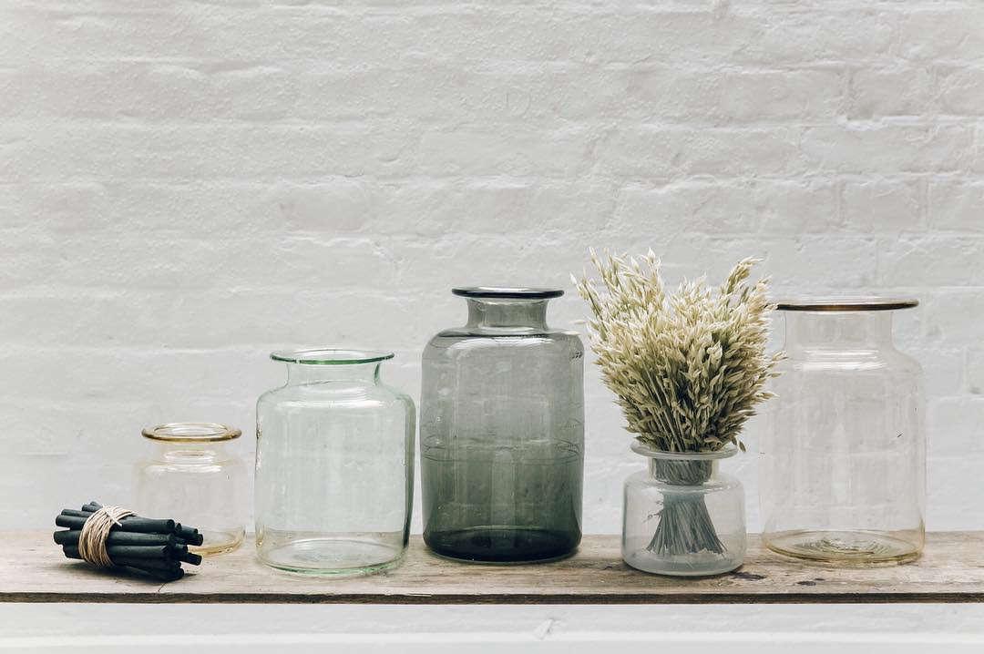 . Also noting in London: Michael Ruh Studio's Chelsea Jars via@thenewcraftsmen.