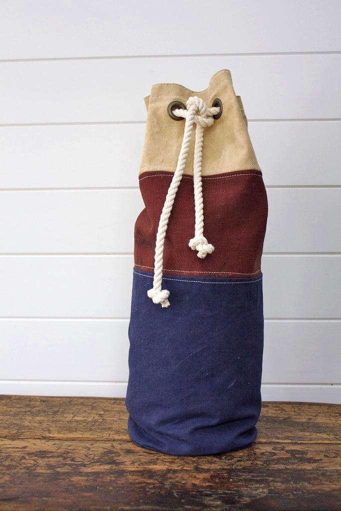 D&R Canvas Buoy Bag 08; $60.