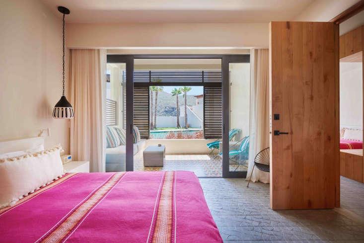 hotel san cristobal mexico pink blanket bedroom