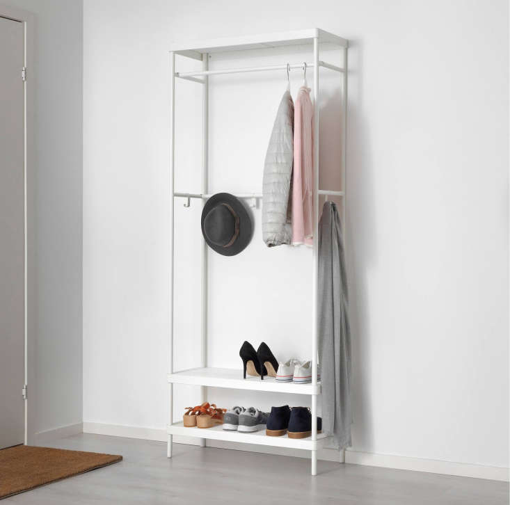 The Mackapär Coat Rack with Shoe Storage Unit is an all-in-one storage unit with three zones: oneforcoats, a second for hats and umbrellas, and two lower shelves for shoes or bags. It&#8