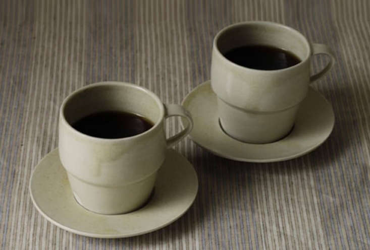 Envelope An Online Superstore for Japanese Goods The Kohoro Stackable Mugs and Saucers are 3,456 JPY (\$30 USD) for the small mug, 4,\104 JPY (\$36 USD) for the large mug, and \1,944 JPY (\$\17 USD) for the saucer. They&#8\2\17;re made by Kan Ito in a style of pottery developedby the Toko potters of Japan&#8\2\17;s Edo period.