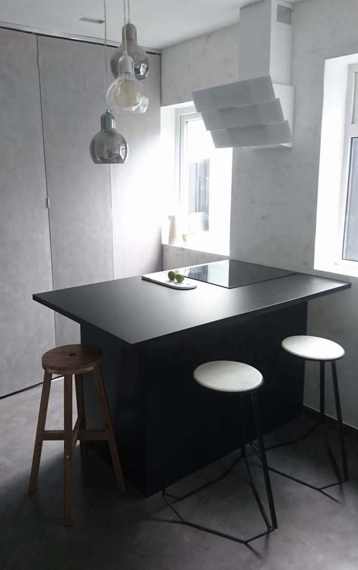 awards black kitchen modern stone wall uk 2