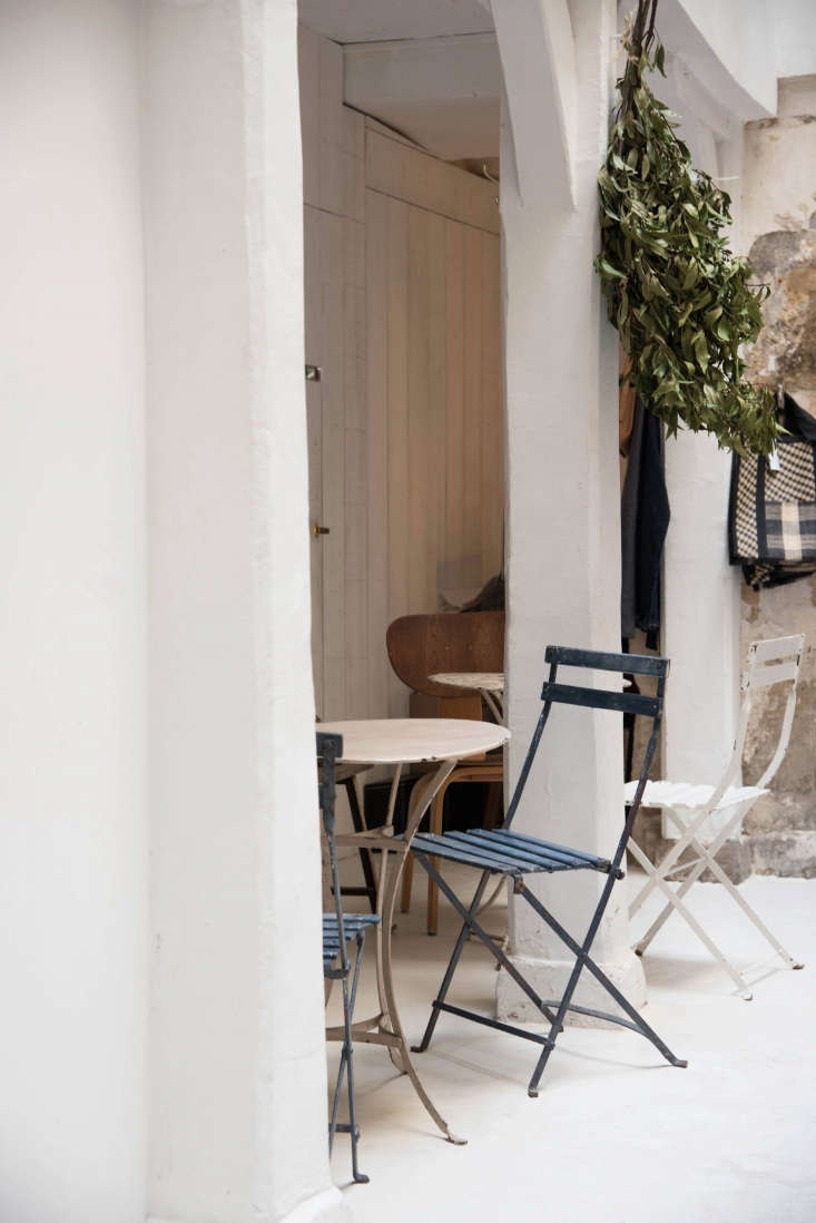 De Villeneuve and Champsaur took cues from the feel of each section within the &#8