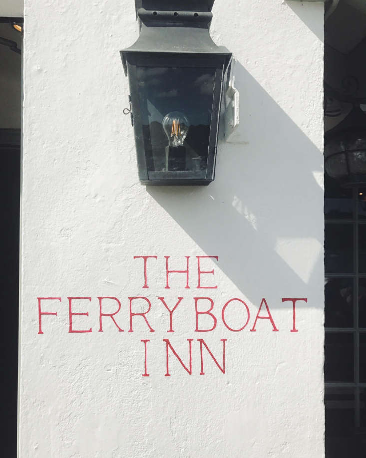 The Ferry Boat Inn 15 Ideas to Steal from a Seaside Pub in Cornwall When choosing house numbers or a mailbox, consider personality. Sarah Towill, the illustrator and designer behind Ink & Honey, painted the pub&#8\2\17;s sign in characteristic red. Photograph by Alex Towill.