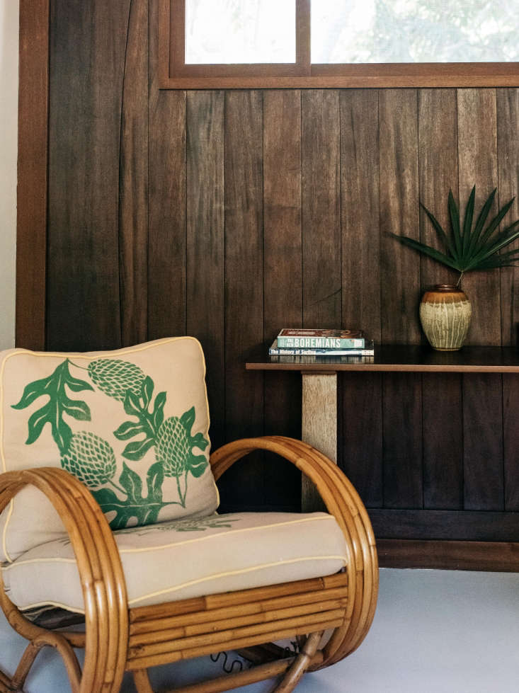hawaii carriage house reading chair wood paneling 12