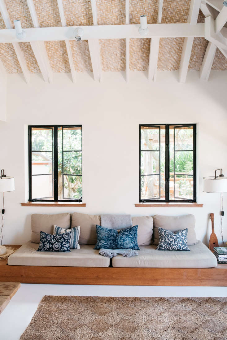 the walls throughout are painted in benjamin moore white dove paint; the ceilin 17